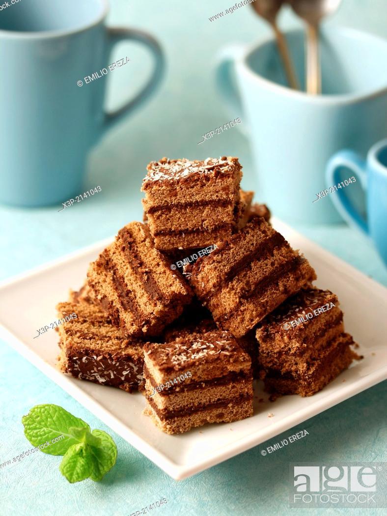 Stock Photo: Sponge cake with chocolate and cinnamon.