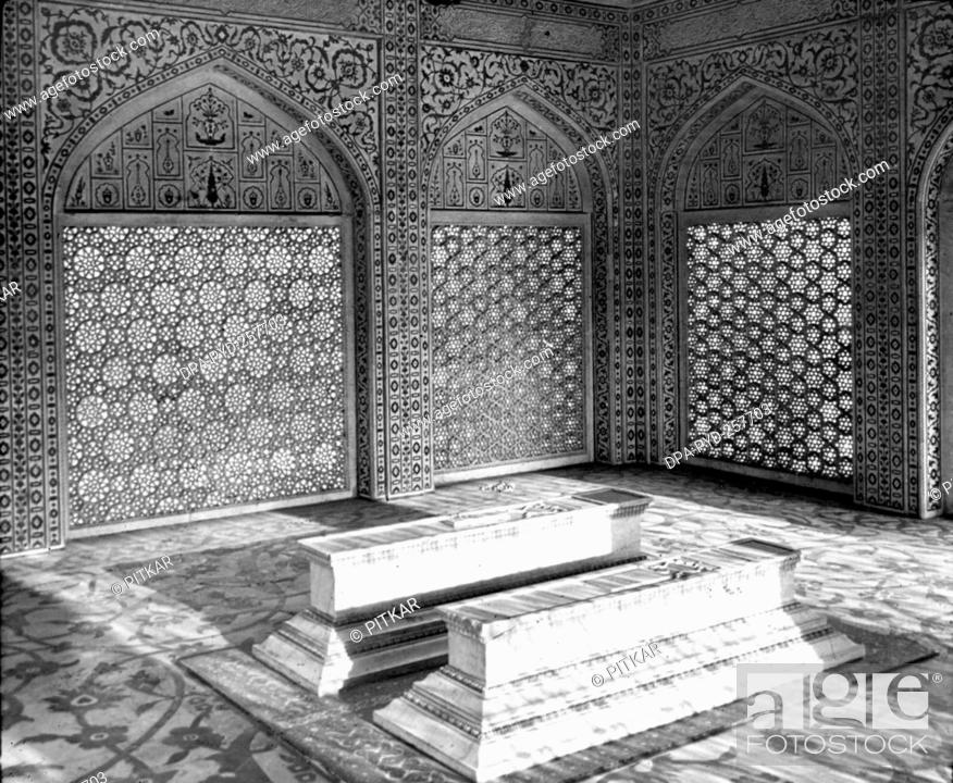 Stock Photo: old vintage lantern slide of Cenotaph, taj mahal, Agra, uttar pradesh, India, Asia.