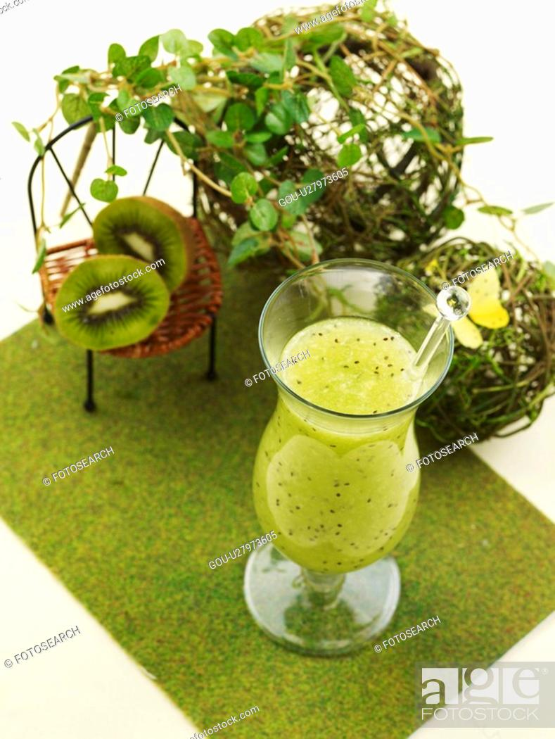 Stock Photo: leaf, fruit, table mat, glass cup, kiwi juice, food styling, kiwi.
