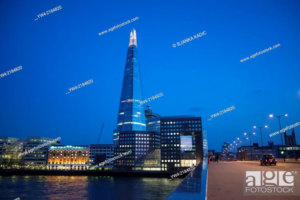 Stock Photo: Shard skyscraper at night, London, UK.