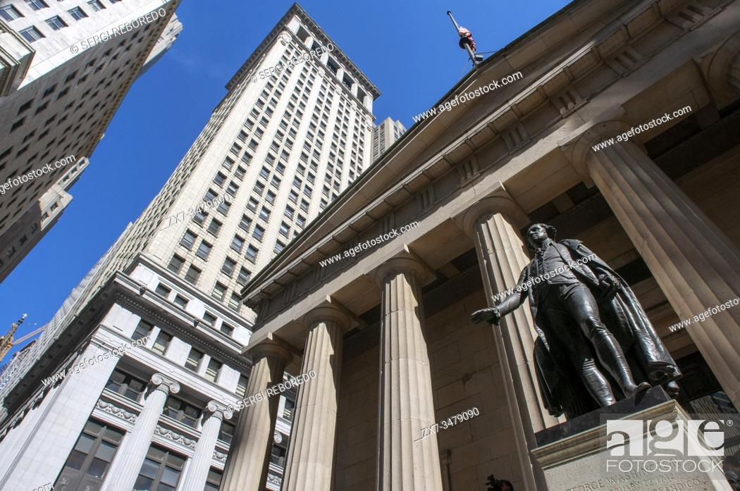 Stock Photo: Statue of George Washington at Federal Hall on Wall Street in New York City USA.