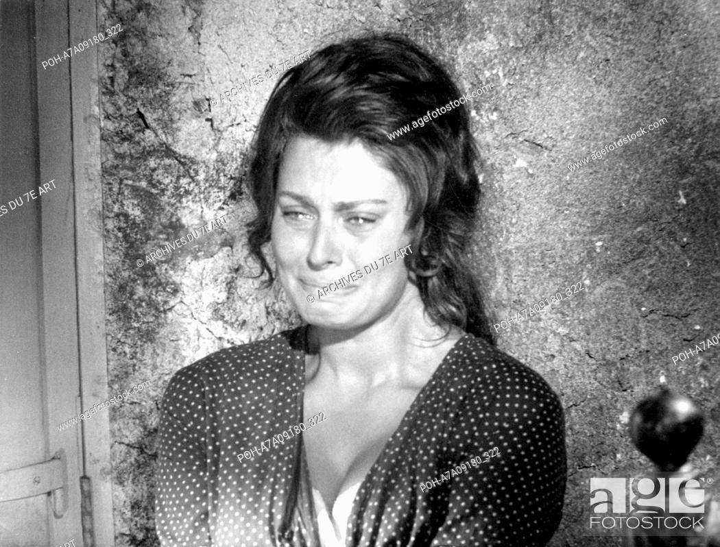 La Ciociara Two Women Year : 1961 Italy / France Director : Vittorio De  Sica Sophia Loren Photo:..., Stock Photo, Picture And Rights Managed Image.  Pic. POH-A7A09180_322
