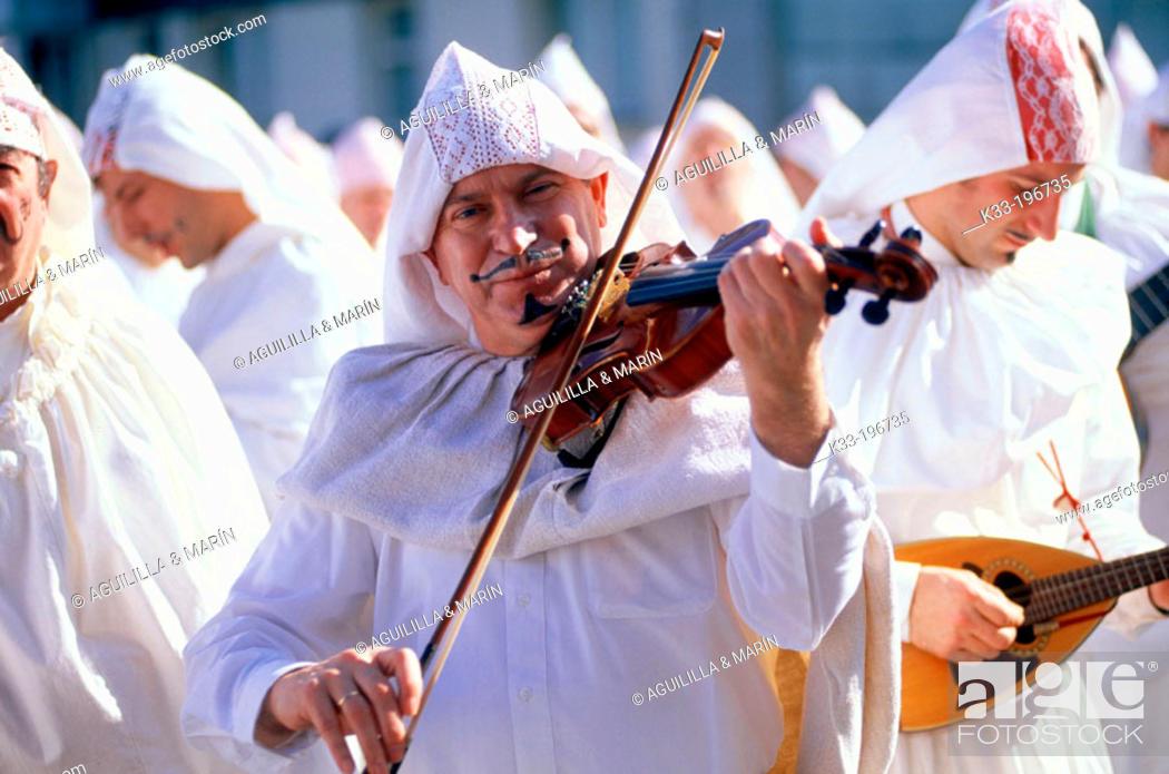 Stock Photo: 'Aratuste', carnival. Mundaka. Vizcaya province. Spain.