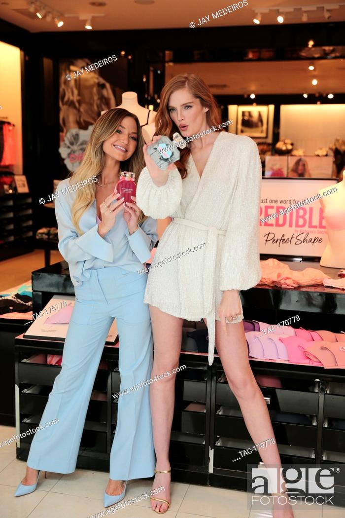 Imagen: Erika Costell joins Victoria's Secret Angel Alexina Graham to celebrate the newest bra collection Incredible by Victoria's Secret on April 18.