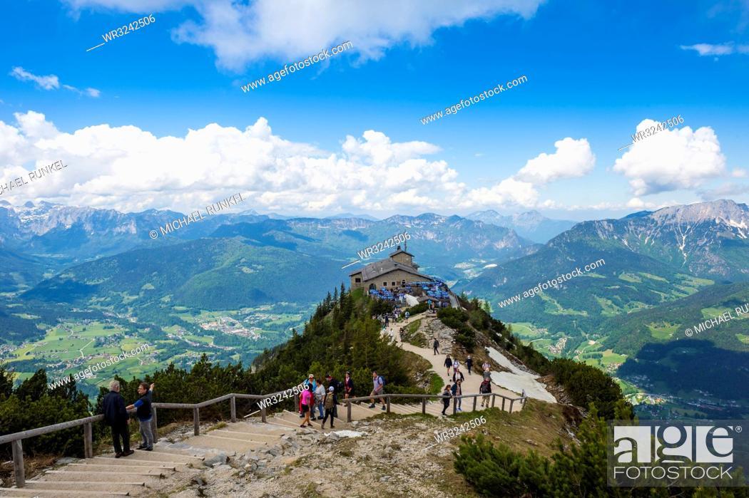 Photo de stock: View over the Bavarian Alps from Kehlsteinhaus (Eagle Nest), Berchtesgaden, Bavaria, Germany, Europe.