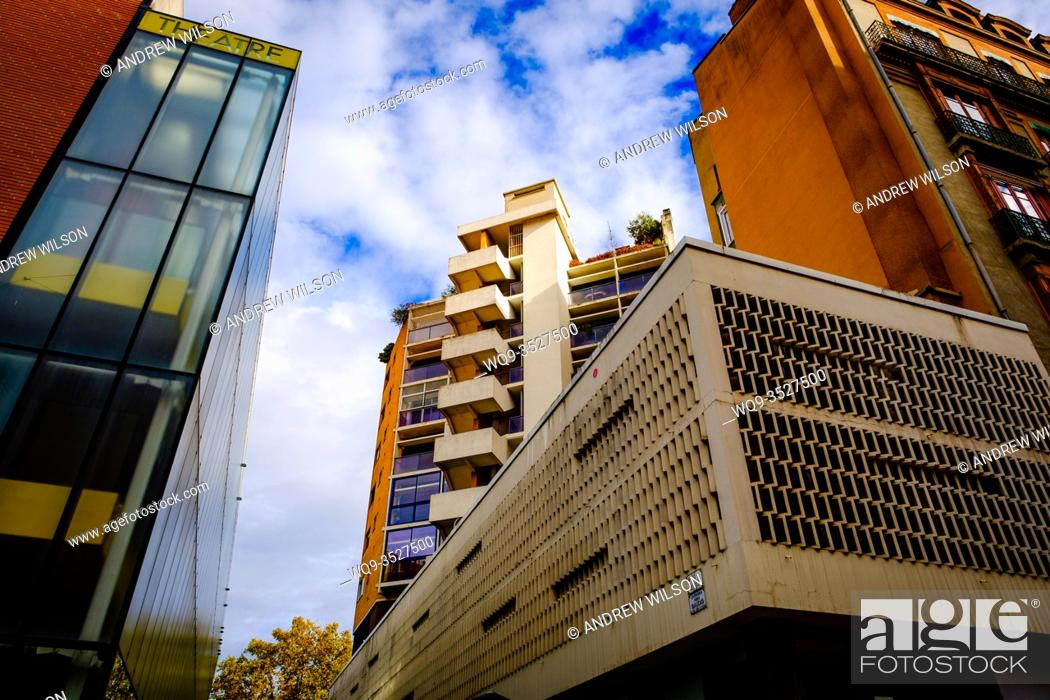 Stock Photo: Modern architecture in the centre of the city of Toulouse, France.