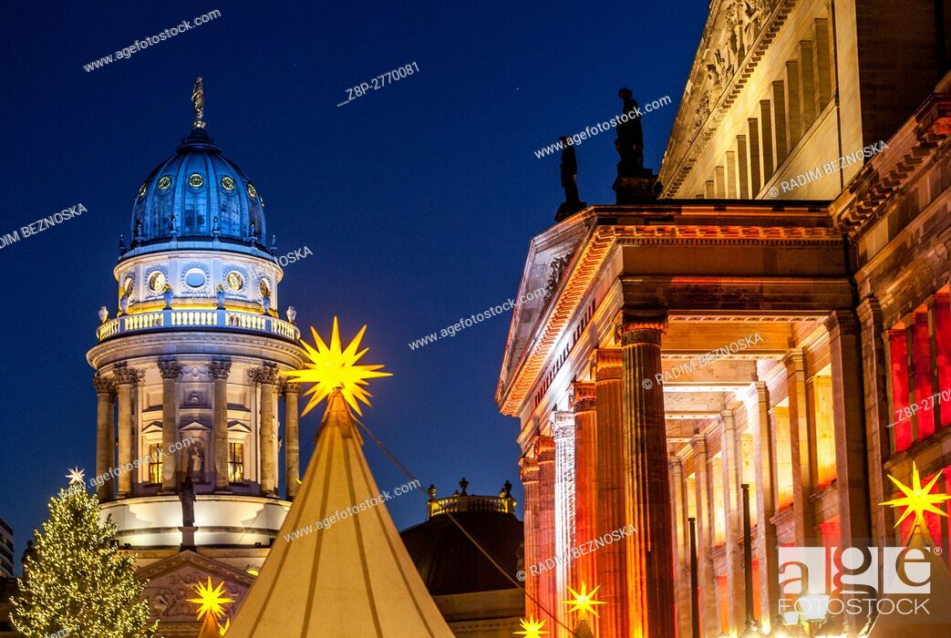 Stock Photo: Germany, Berlin, Christmas atmosphere and sales stands at Gendarmenmarkt.