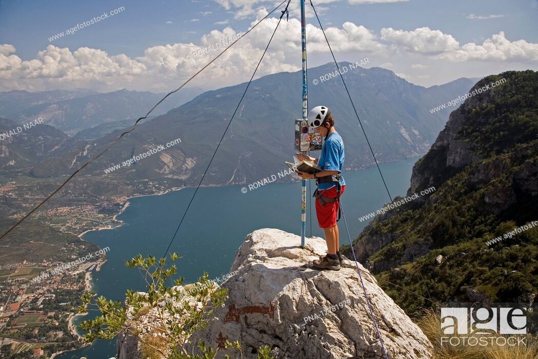 Stock Photo: CIMA SAT - On the Cima SAT, a scenic mountain above the Lago di Garda Garda Lake, province of Trentino, Italy ANP COPYRIGHT RONALD NAAR.