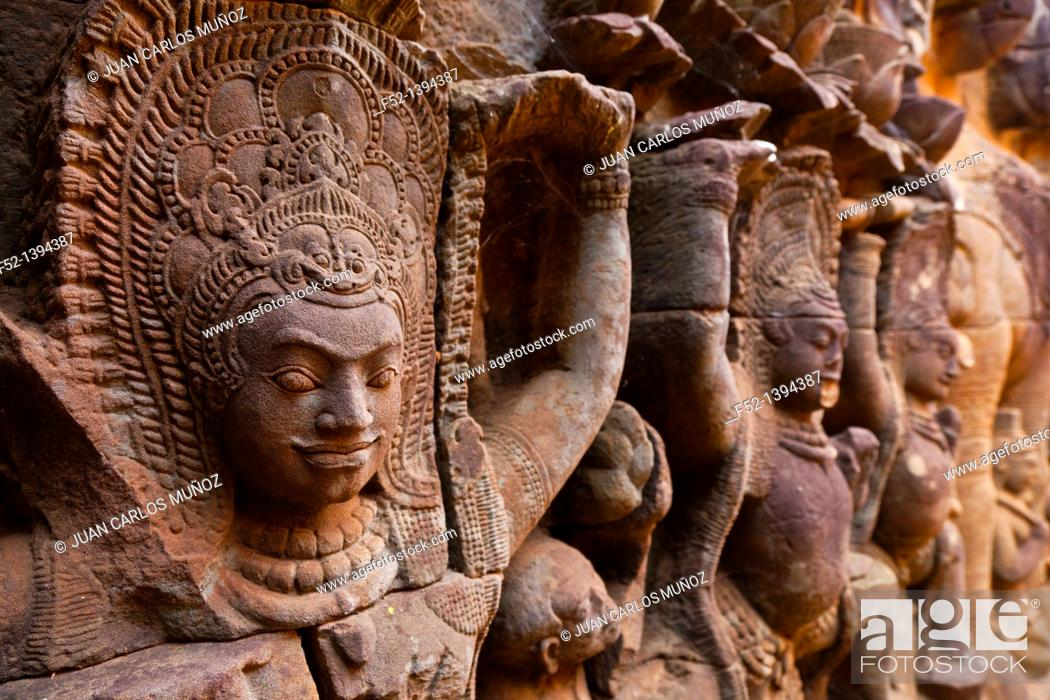 Stock Photo: Elephant Terrace  Angkor Thom  Angkor  Siem Reap town, Siem Reap province, Cambodia, Asia.