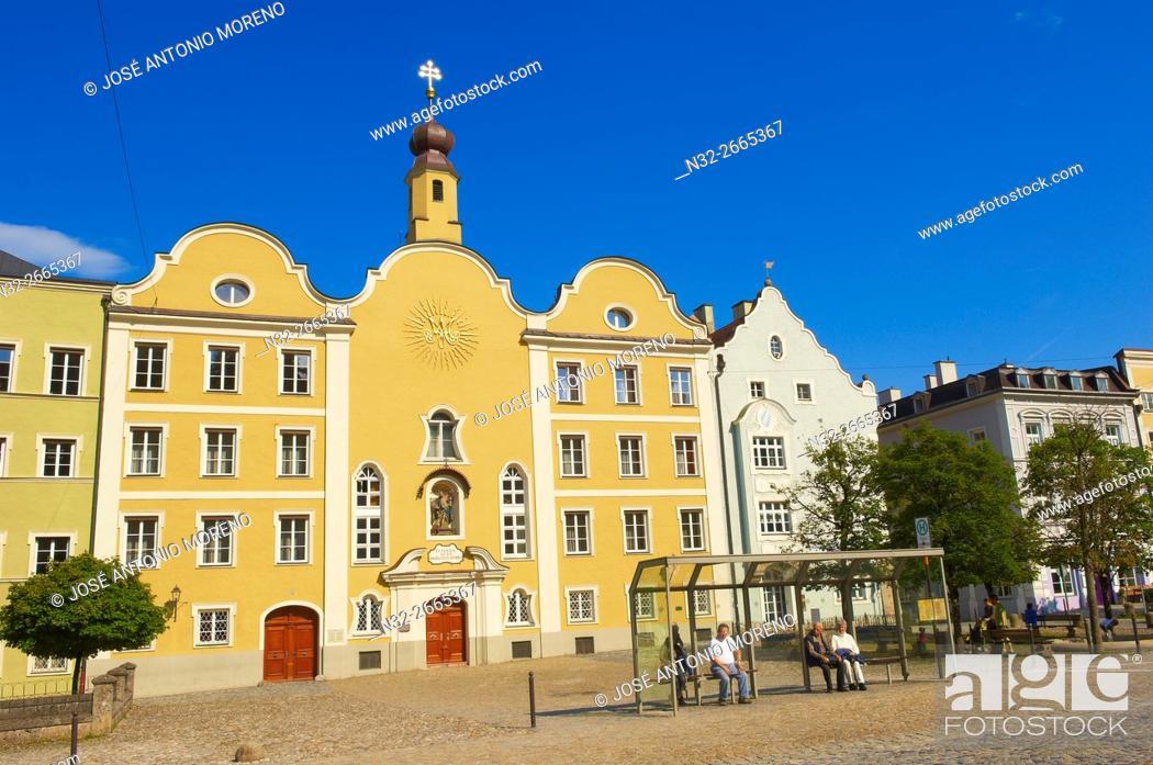 Stock Photo: Burghausen, Old Town, Altötting district, Upper Bavaria, Bavaria, Germany.