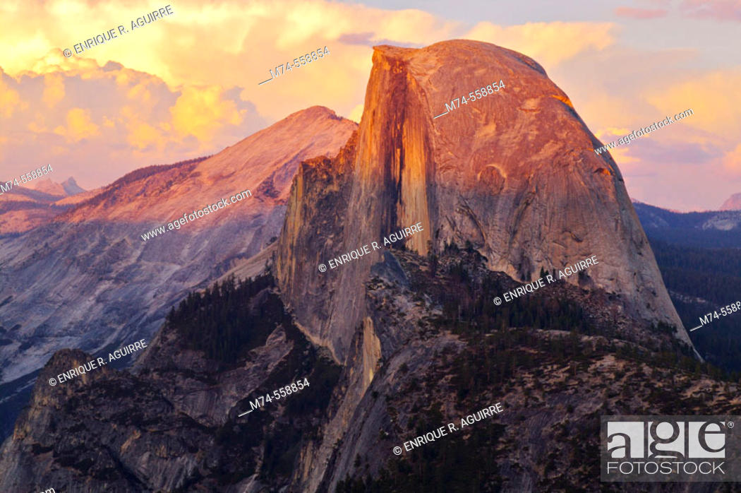 Stock Photo: Half Dome and storm clouds from Glacier Point, Yosemite, California, USA.