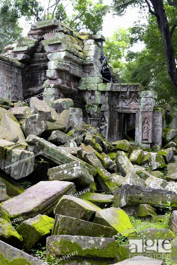 Stock Photo: Ruins of Ta Prohm temple in Angkor Wat, Siem Reap, Cambodia. Ta Prohm is the modern name of the temple at Angkor, Siem Reap Province, Cambodia.