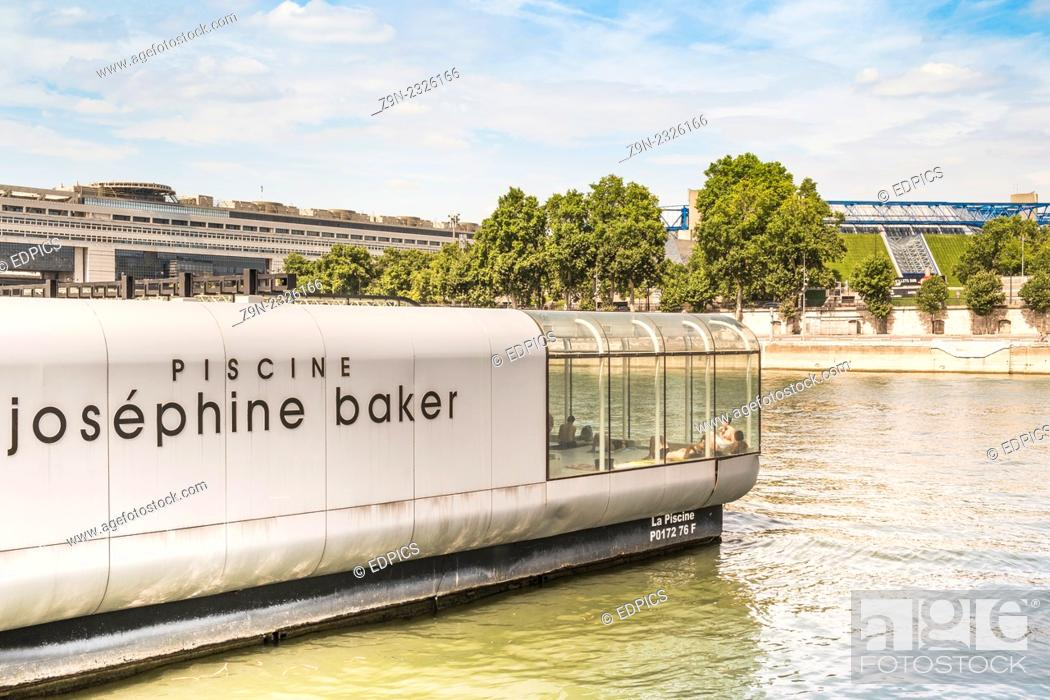 Stock Photo: convertible josephine baker swimming pool anchored on a raftlike pontoon platform in the river seine, paris, ile de france, france.