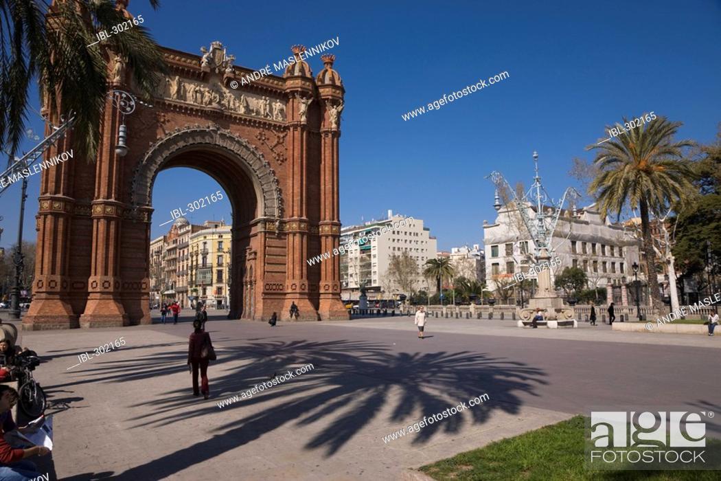 Stock Photo: Triumphal arch in Barcelona. Arc de Triomf. \\Barcelona, Spain.