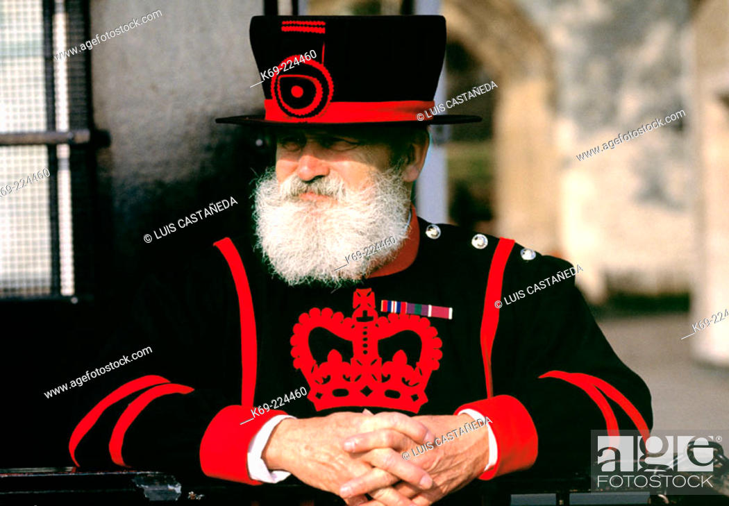 Stock Photo: Beefeater, Tower of London. London. England.