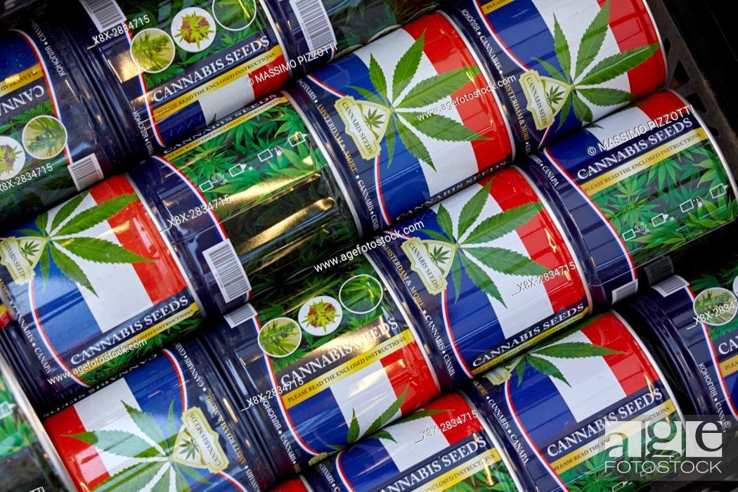 Imagen: A can of Cannabis seeds at Bloemenmarkt flower markets, Amsterdam, Netherlands.