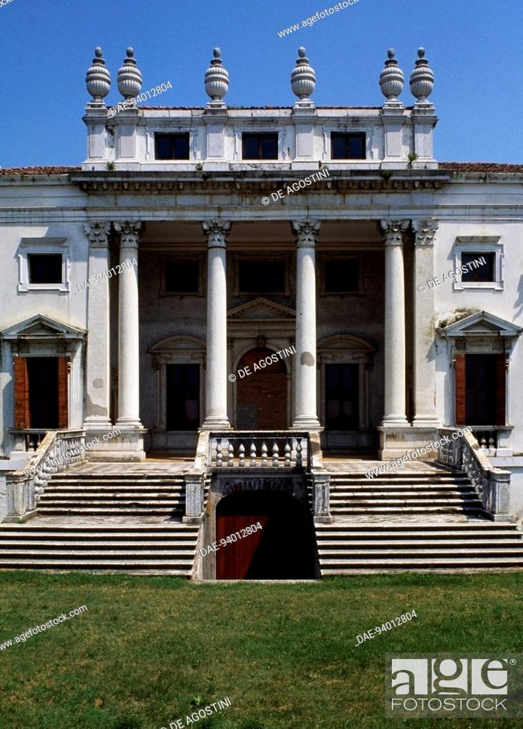 Stock Photo: Villa Nani Mocenigo (1580-1584), Canda, Veneto, Italy. Detail of the entrance.