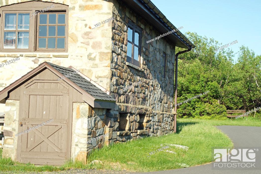 Stock Photo: Cattell Cabin at Big Pocono State Park, Pennsylvania.