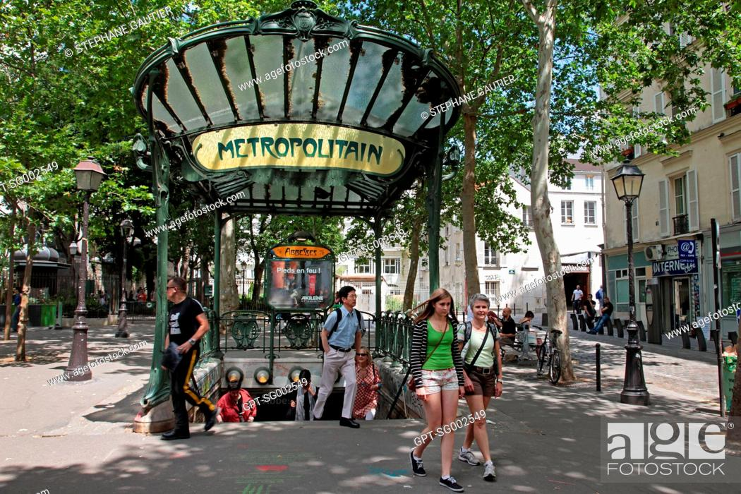 METRO STATION ENTRANCE IN ART NoUVEAU STYLE BUILT BY HECTOR GUIMARD ...