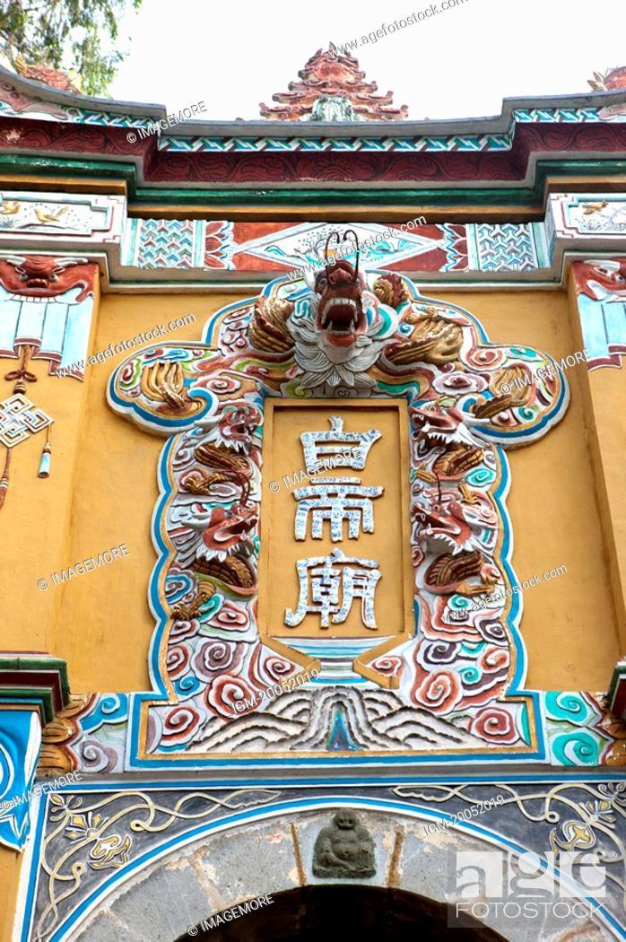 Stock Photo: China, Yangtze River, Three Gorges, Qutang Gorge, Fengjie, Baidicheng.