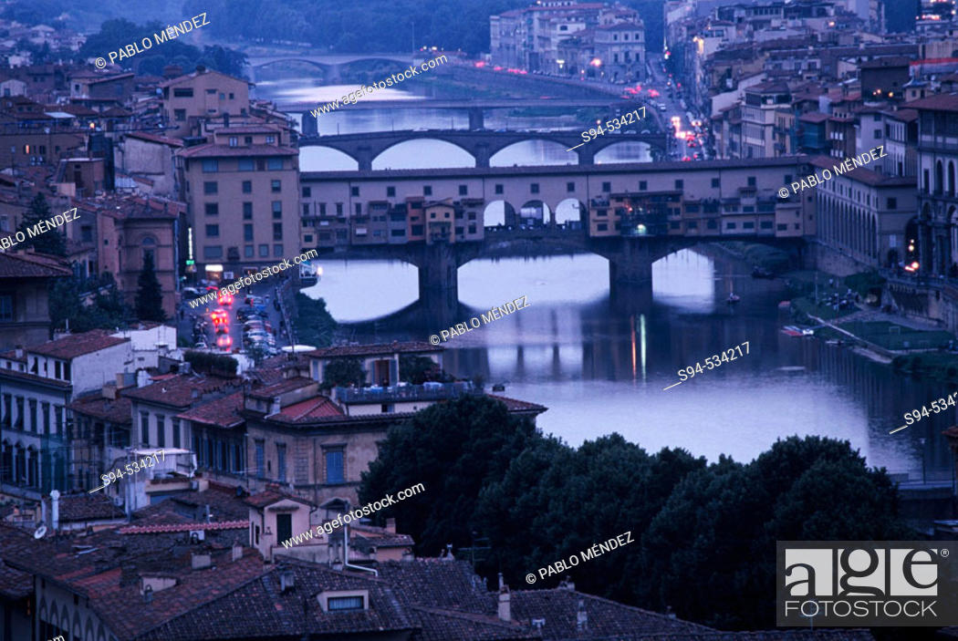 Stock Photo: Ponte Vecchio, Florence. Tuscany, Italy.