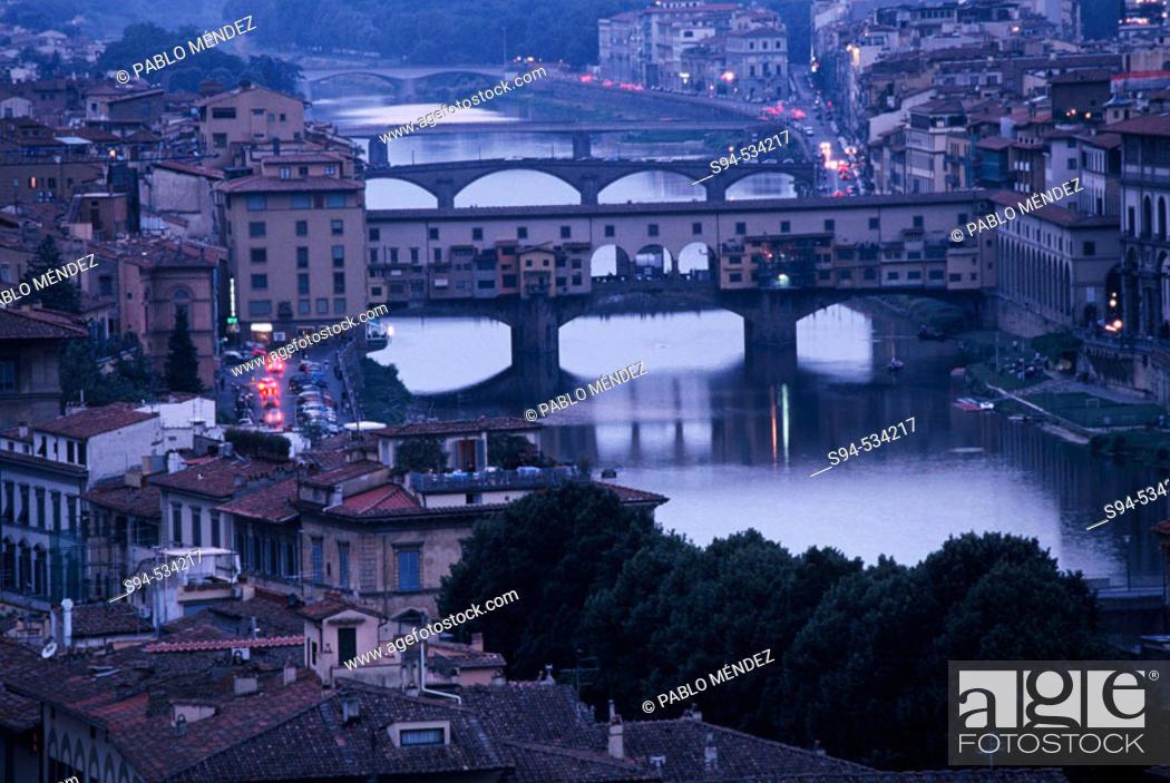 Stock Photo: Ponte Vecchio, Florence. Tuscany, Italy.