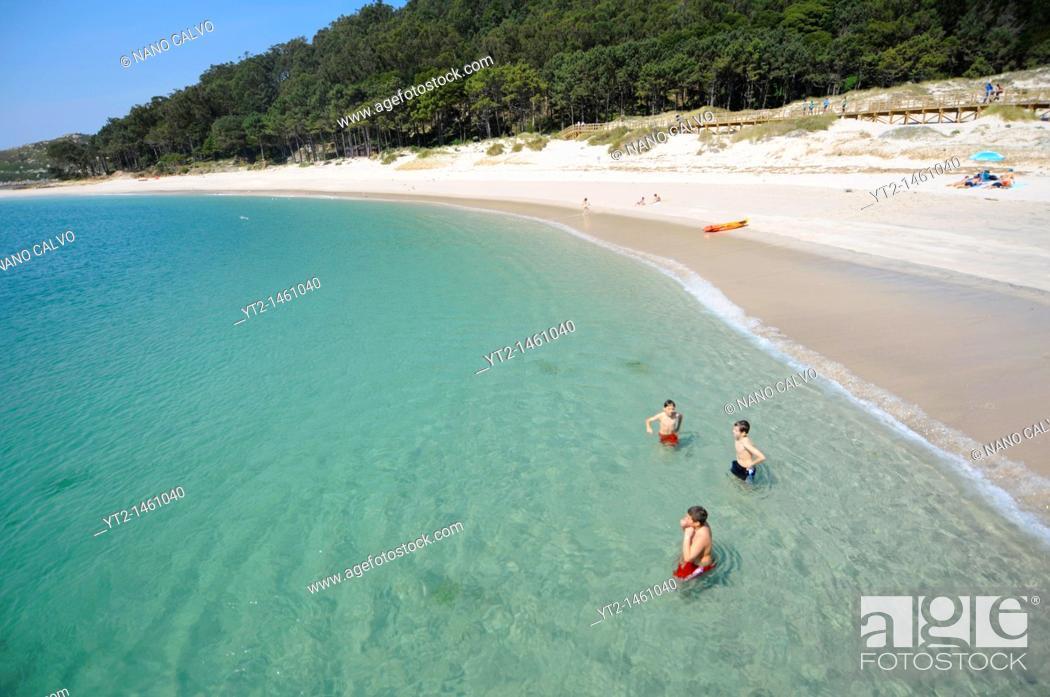 Stock Photo: Rodas Beach Praia das Rodas in Cies Islands Islas Cíes, a paradisiac archipelago and Natural Reserve since 1908, off the coast of Pontevedra, in Galicia.