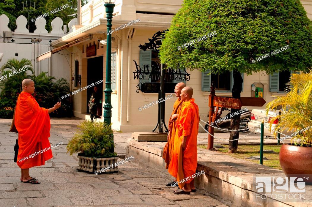 Stock Photo: Monks - Bangkok - Thailand, Asia - July, 2012.