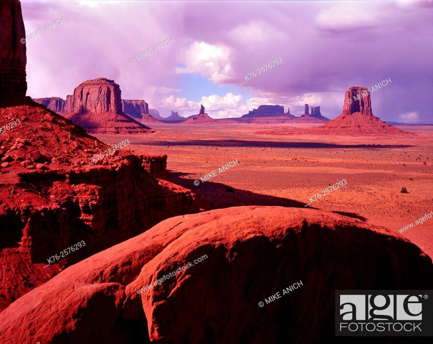 Stock Photo: Monument Valley, North Window, Arizona.