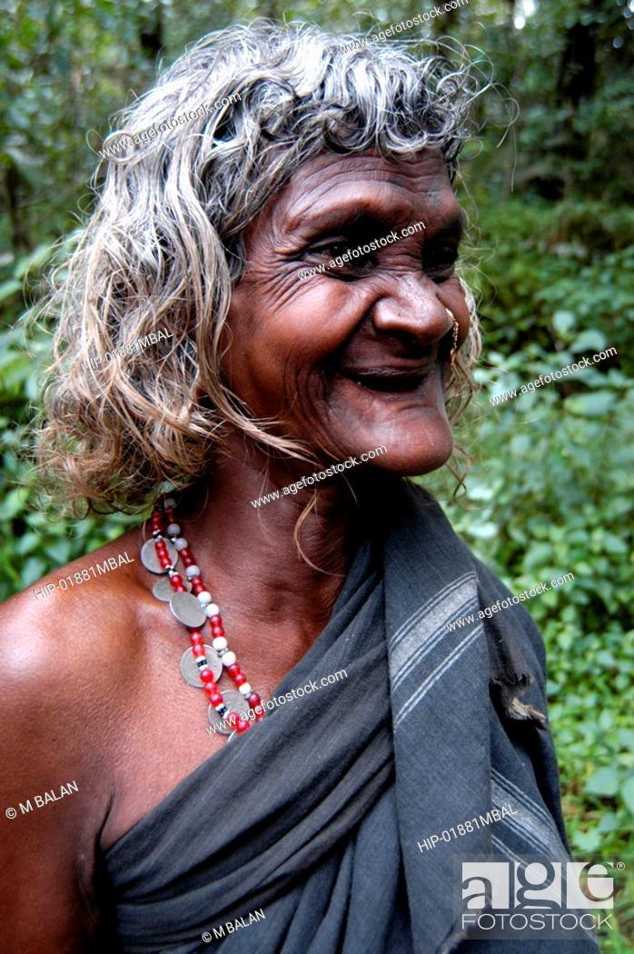 Imagen: OLD TRIBAL WOMAN OF WAYANAD DISTRICT.