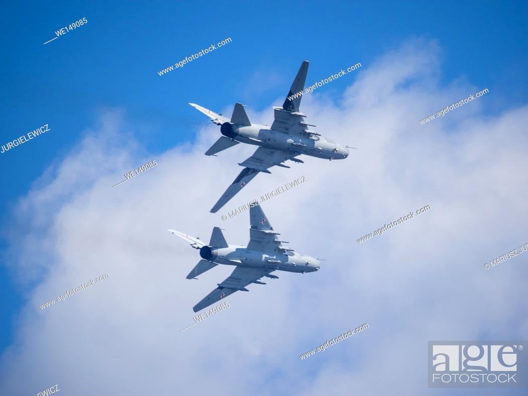 Stock Photo: Su-22 fighter-bomber demonstration flight over Central Beach in Kolobrzeg, Poland.