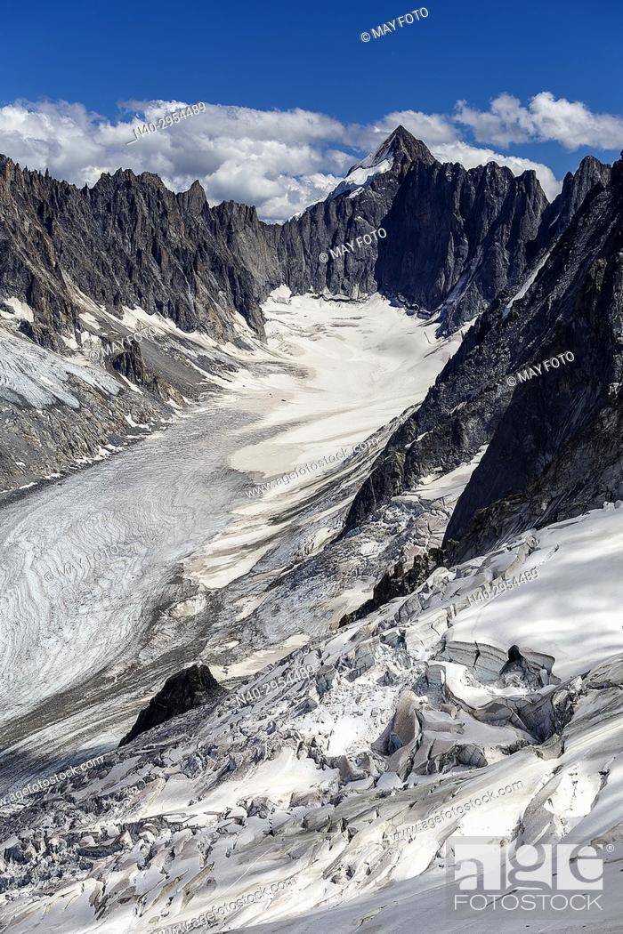 Stock Photo: Chamonix, Glacier d'Argentière, Haute Savoie, France, Europe.