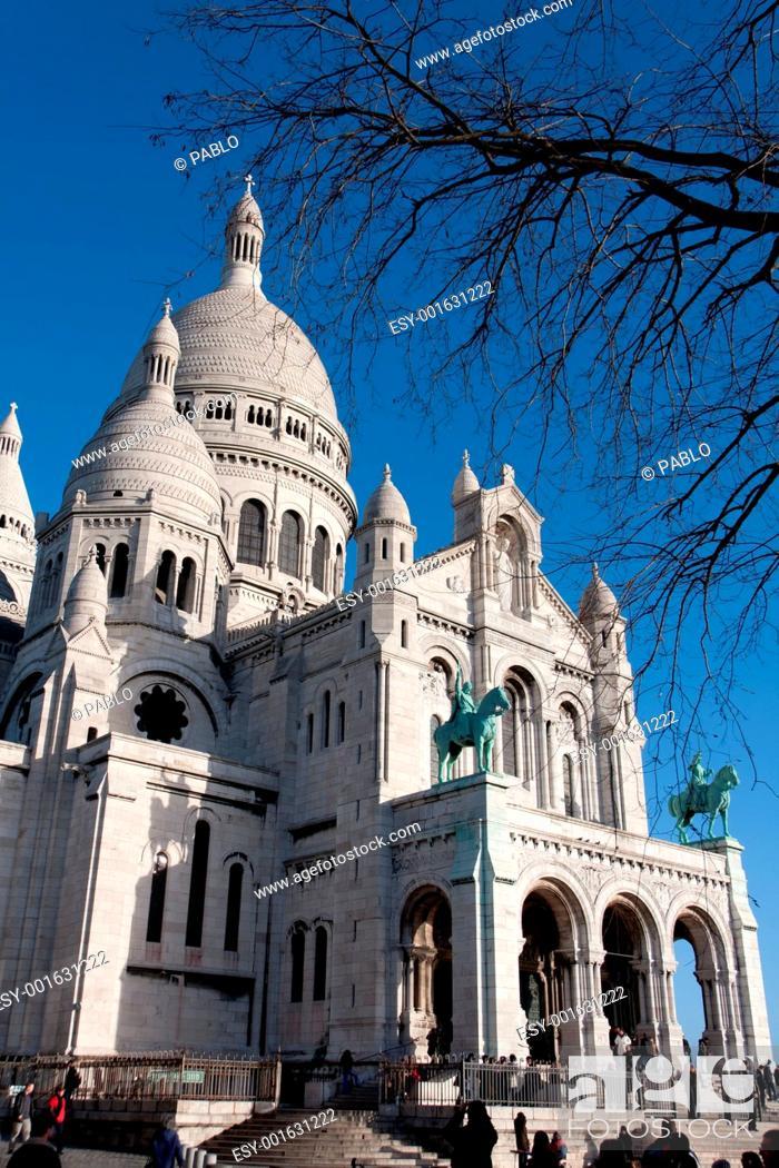 Stock Photo: Sacre Coeur, Montmartre. Paris.