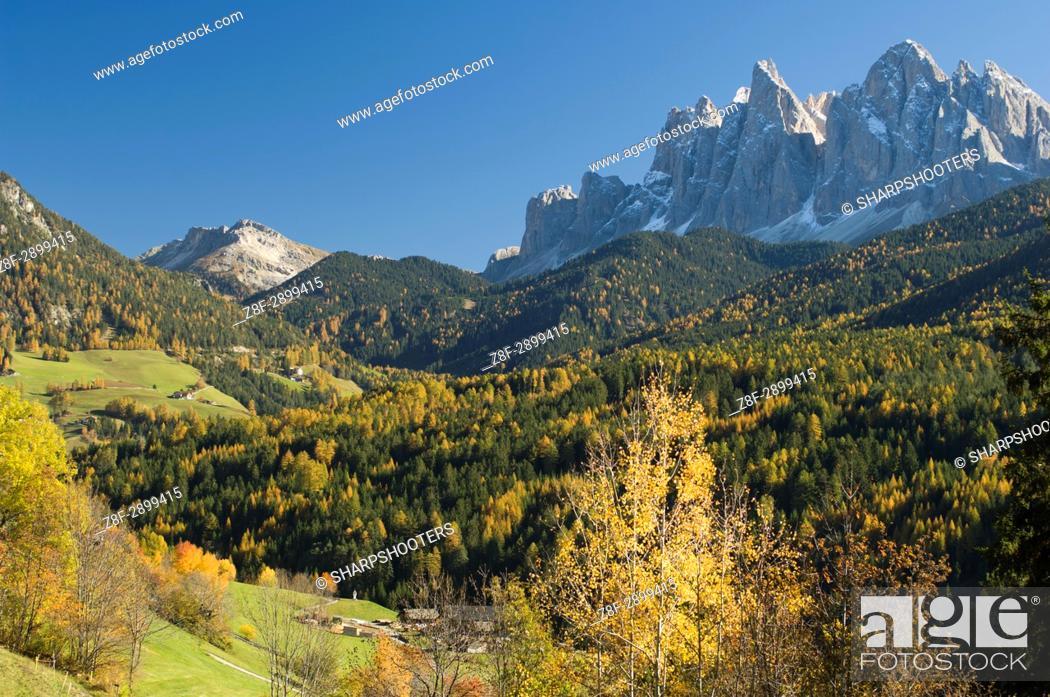 Stock Photo: Italy, Trentino - Alto Adige, Bolzano province, Dolomites, Val di Funes, Odle group.