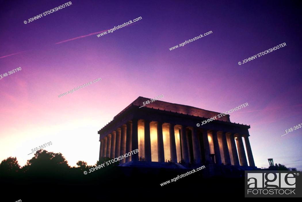 Stock Photo: Lincoln Memorial, National Capitol Park. Washington D.C., USA.