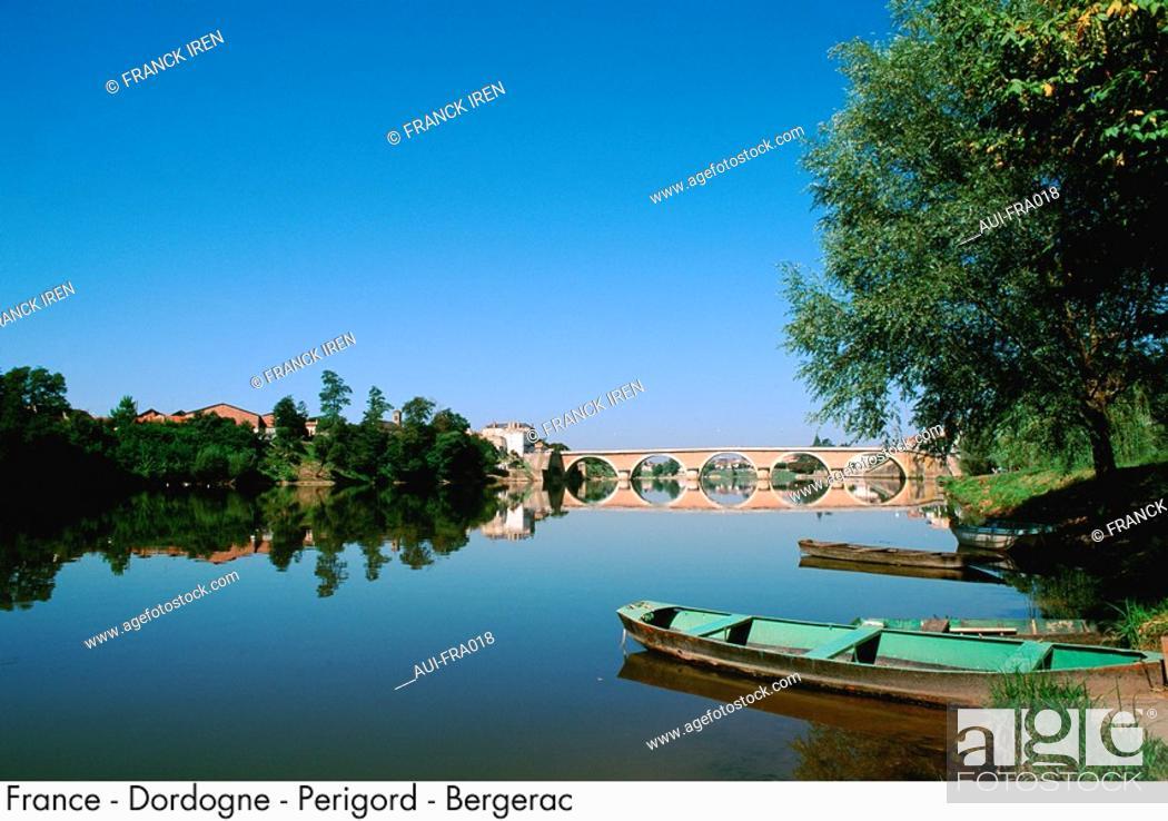 Stock Photo: France - Dordogne - Perigord - Bergerac.