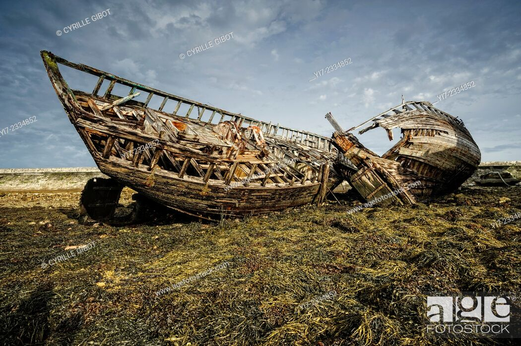 Stock Photo: Boat cemetery, Camaret sur Mer, Crozon Peninsula, Finistere, Brittany, France.