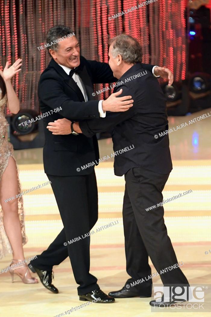 Imagen: The former football players Claudio Gentile, Arthur Antunes Coimbra ' Zico ' during the tv show Ballando con le stelle, Rome, 25-03-2017.