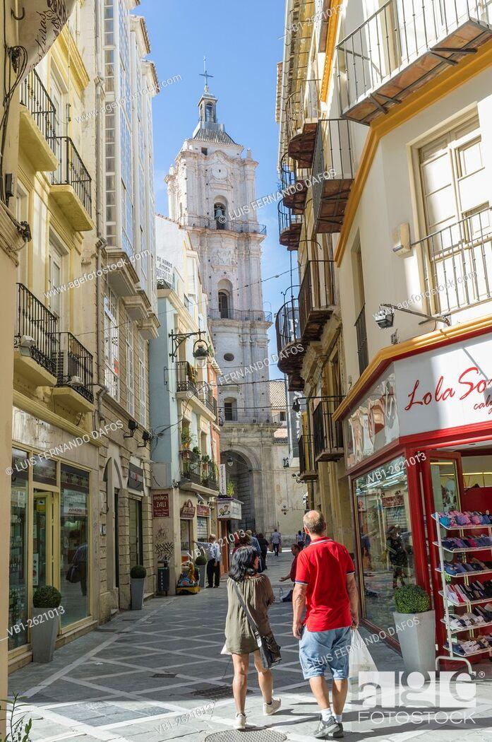 Imagen: Malaga, Spain. San Juan church seen from Calle San Juan.