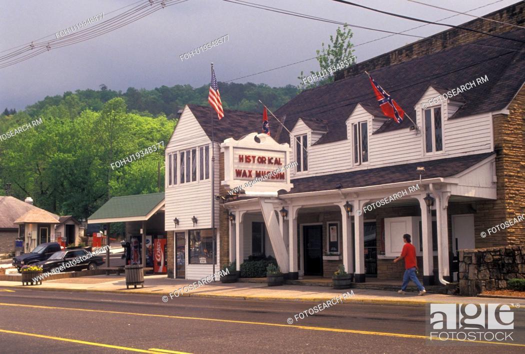 Stock Photo: Gatlinburg, TN, Tennessee, American Historical Wax Museum in Gatlinburg a popular mountain resort.