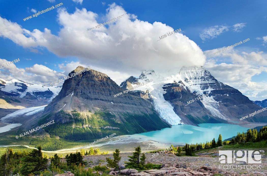 Stock Photo: Mount Robson 3,954 m 12,972 ft and Berg Lake from Mumm Basin, Mt  Robson Provincial Park British Columbia Canada.