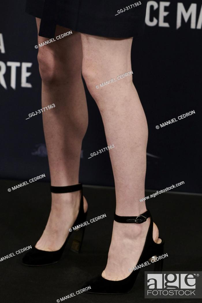 Feet claire foy Claire Foy