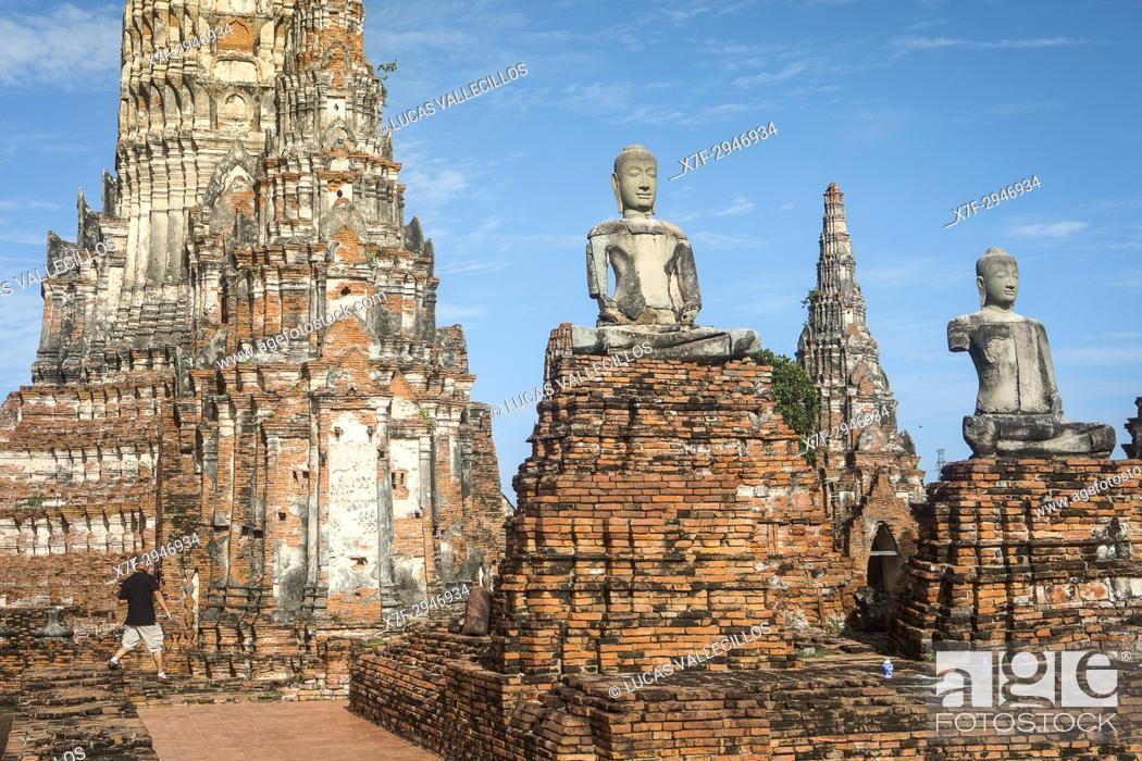 Stock Photo: Wat Chaiwatthanaram, Ayutthaya, Thailand.