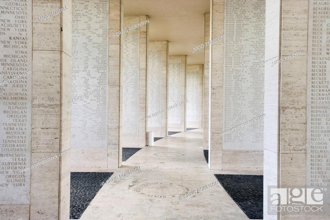 Imagen: Walls bearing names of missing soldiers in Fort Bonifacio, Manila, Philippines.
