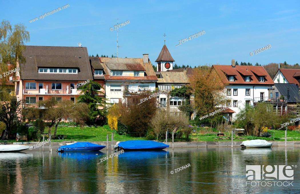 Imagen: Blick auf Büsingen am Hochrhein, eine deutsche Enklave in der Schweiz / View of Buesingen at the High Rhine, a German enclave in Switzerland.