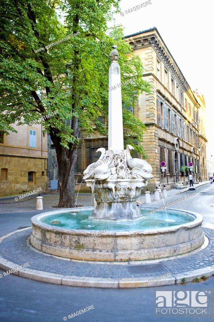 Stock Photo: Fountain in Aix-en-Provence, Provence-Alpes-Cote d'Azur, France.