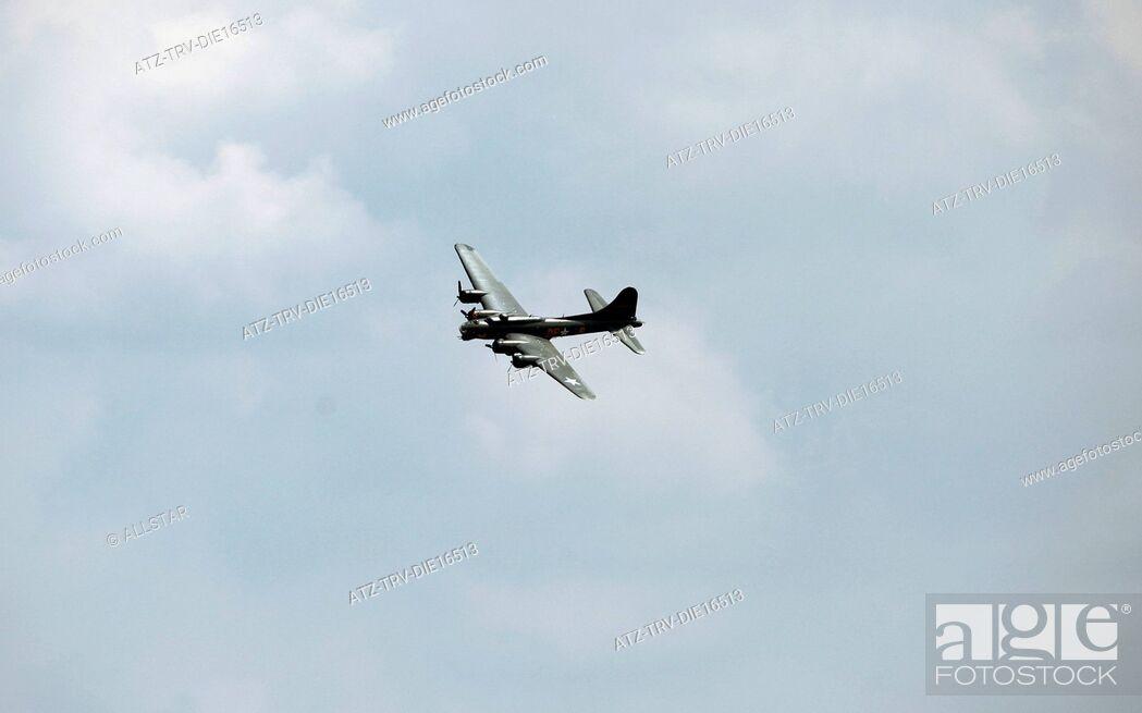Imagen: B-17G FLYING FORTRESS, SALLY B; B-17 PRESERVATION LTD; 03/07/2011.