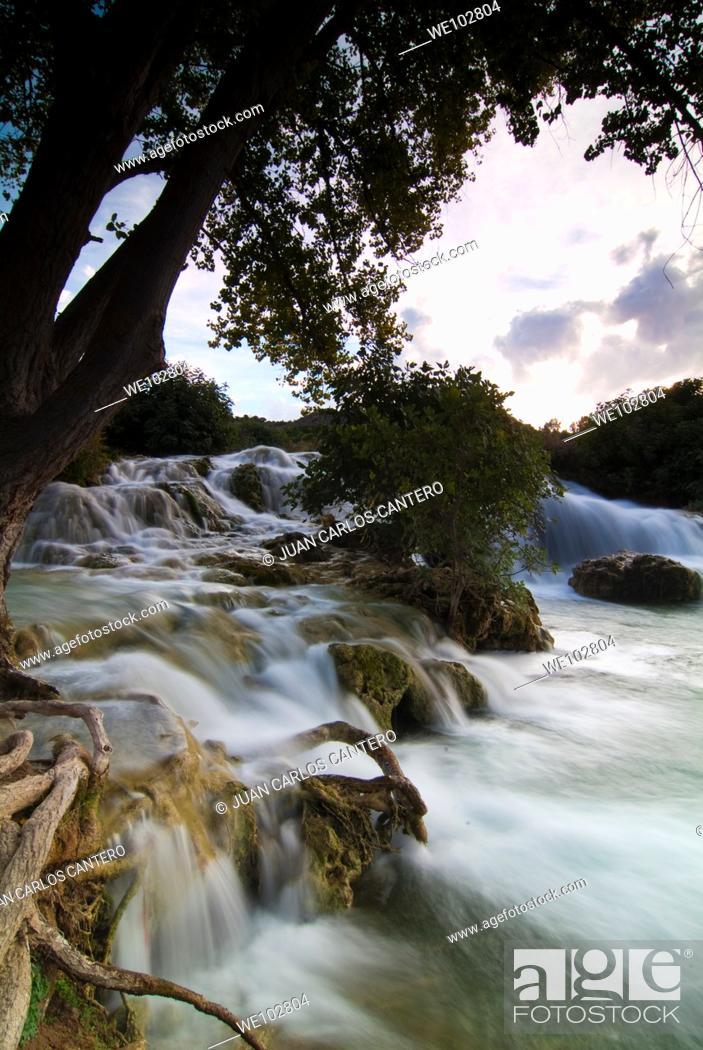Stock Photo: Parque Natural de las Lagunas de Ruidera. Ciudad Real. Castilla La Mancha. Spain. Europe.