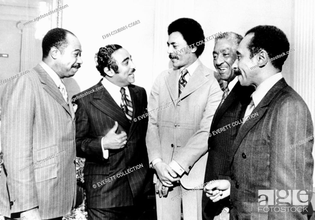 Imagen: Five new African American members of Congress, Jan. 21, 1971. L-R: George Collins, Illinois; Charles Rangel, New York; Roland Dellums, California; Ralph Metcalf.