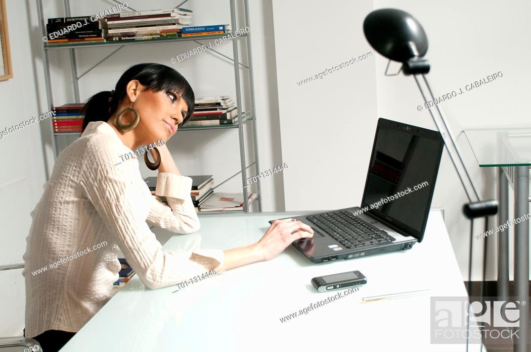 Imagen: Business woman.